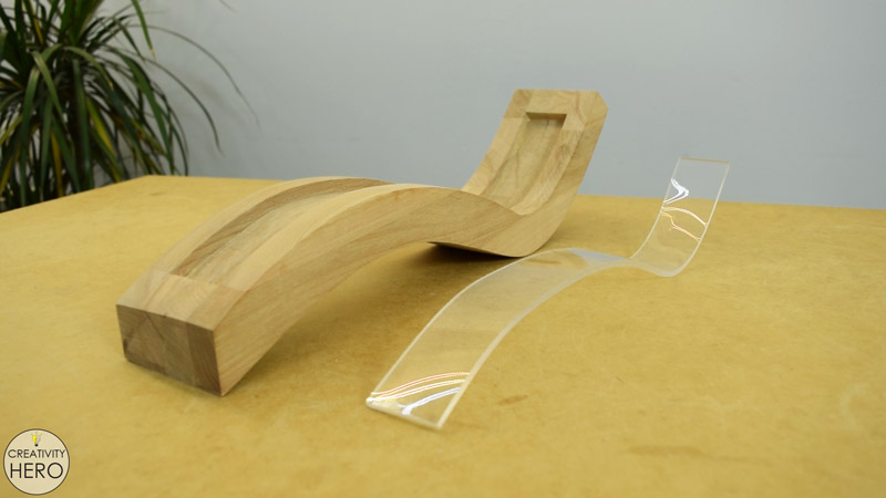 Curved Wood and Acrylic LED Desk Lamp with Concrete Base 17 - Bending the Acrylic