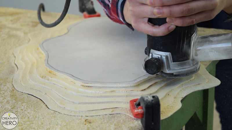 Making a Layered Plywood Wall Clock with a Tree Ring Shape 10 - Routing out the last layer